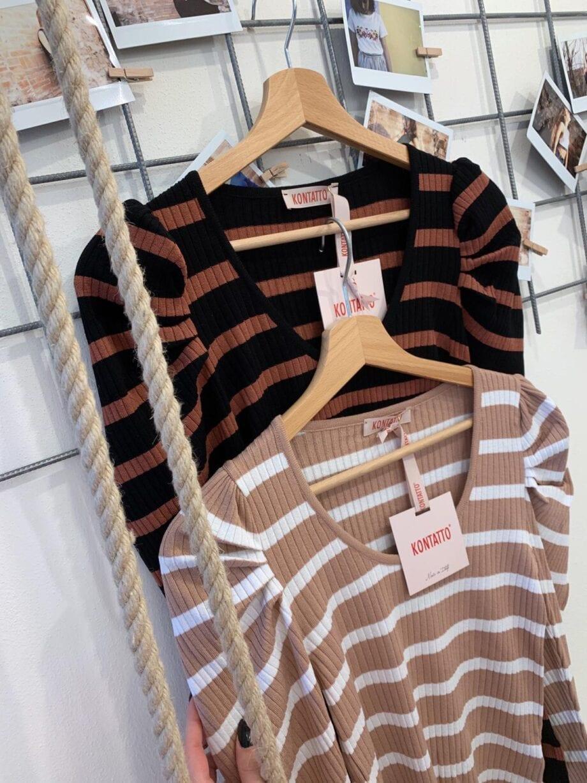 Shop Online Maglia rigata spalle arricciate Kontatto