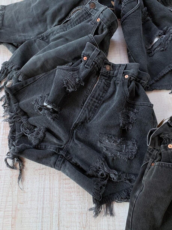 Shop Online Short caramella nero\blu scurissimo Levi's