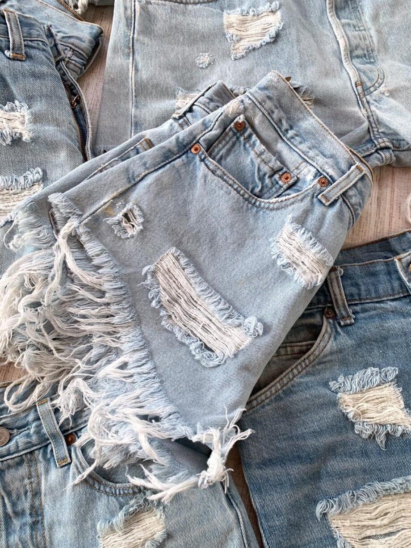 Shop Online Short denim chiaro rotture Levi's