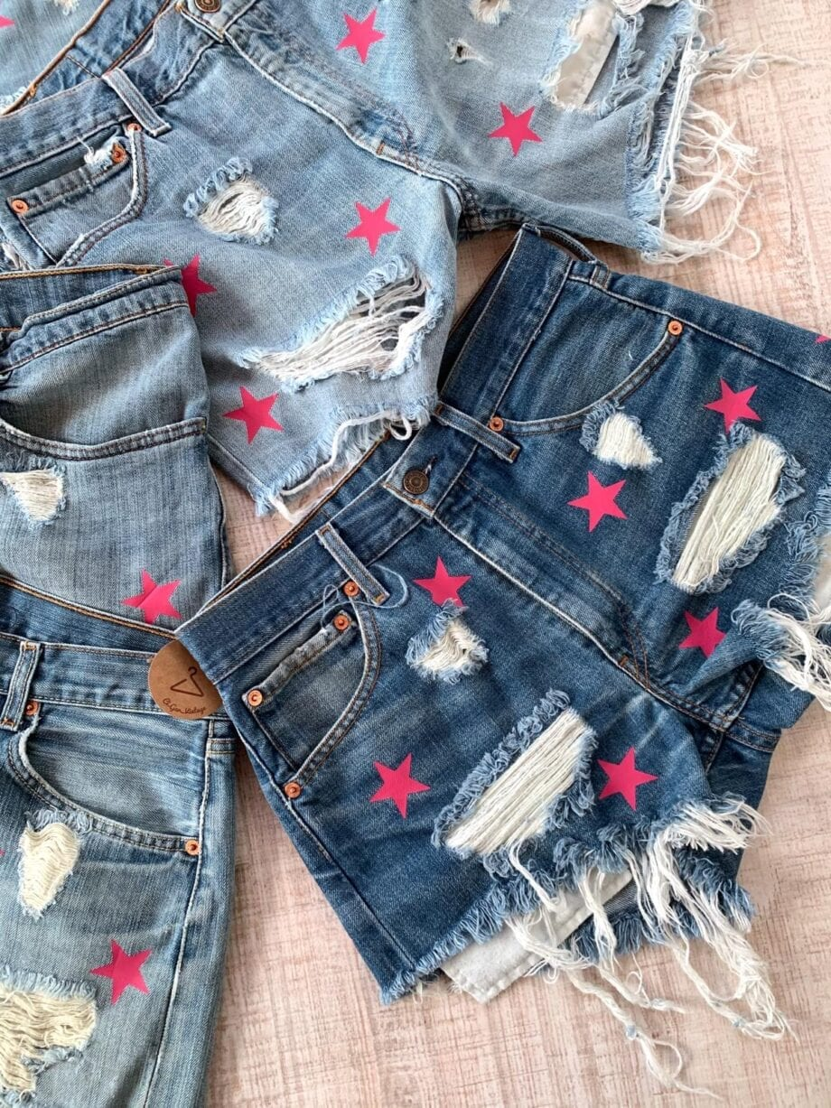 Shop Online Short in denim chiaro con stelle fucsia Levi's