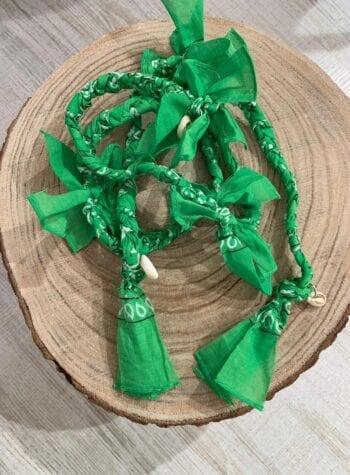 Shop Online Collana bandana intrecciata con conchiglie verde chiaro