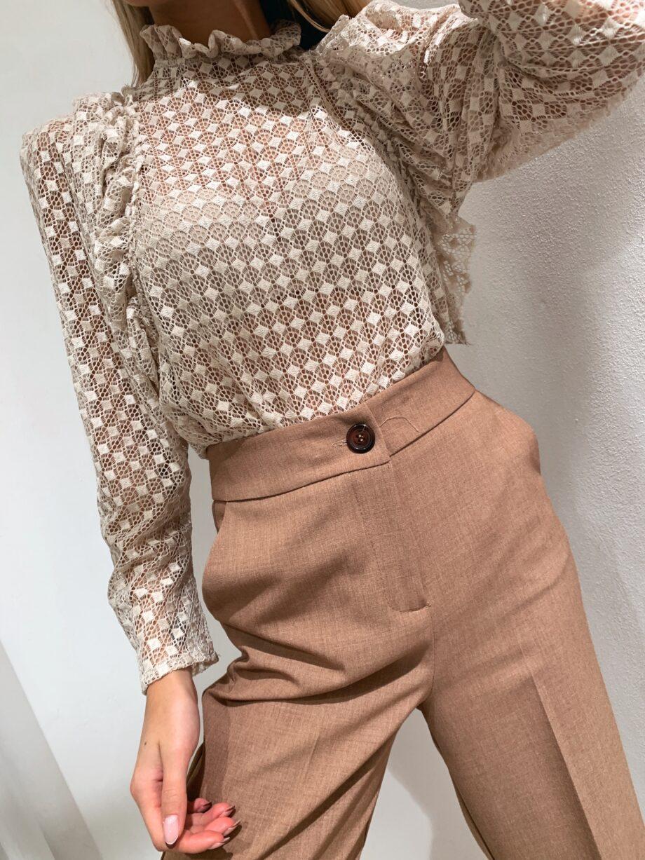 Shop Online Maglietta traforata con rouches panna So Allure