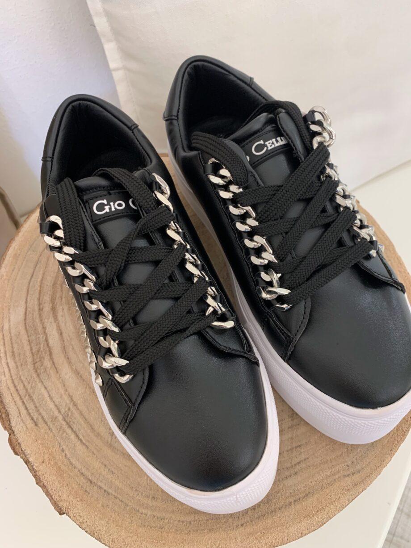 Shop Online Sneakers nere platfrom con catene e borchie Gio Cellini