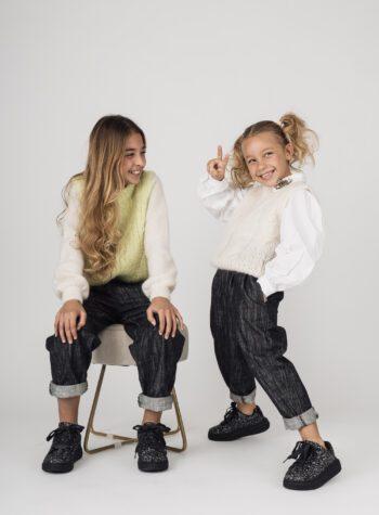 Shop Online Gilet in lana panna con trecce Souvenir Kids