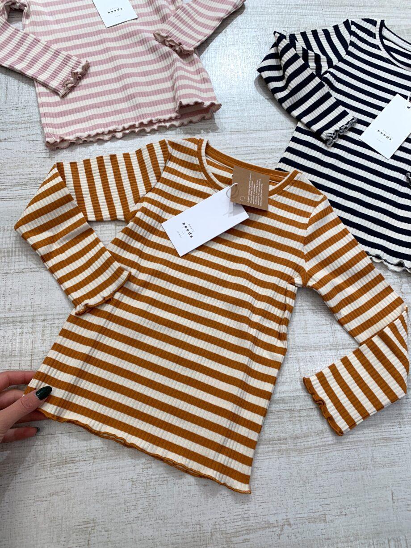 Shop Online Maglietta a costine rigata senape Name it