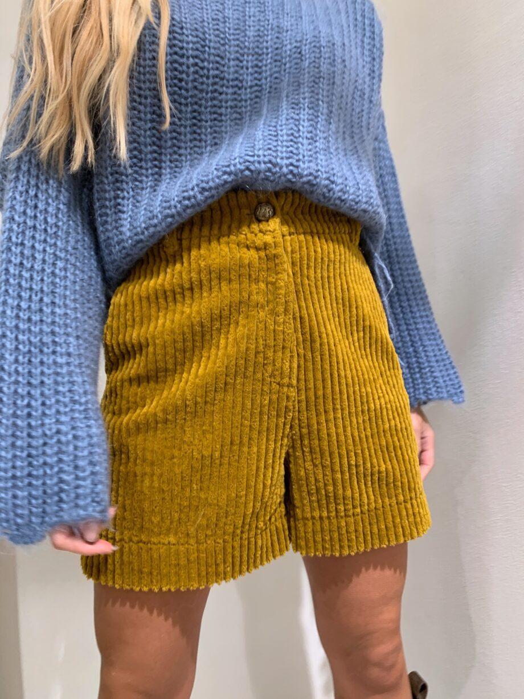 Shop Online Pantaloncino in velluto senape Souvenir