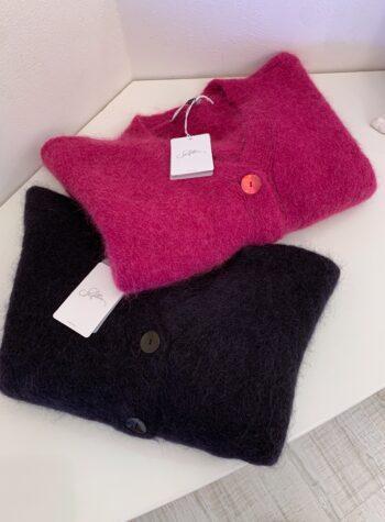 Shop Online Cardigan crop magenta con bottoni So Allure