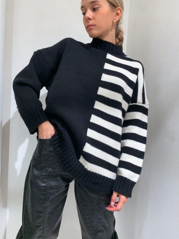 Shop Online Maglione AMALUR a righe bianco e nero Odì Odì