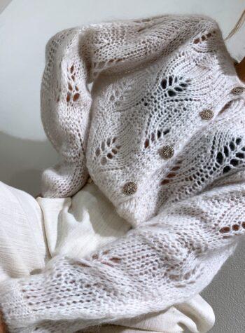 Shop Online Giacchina traforata panna con bottoni gioiello Souvenir