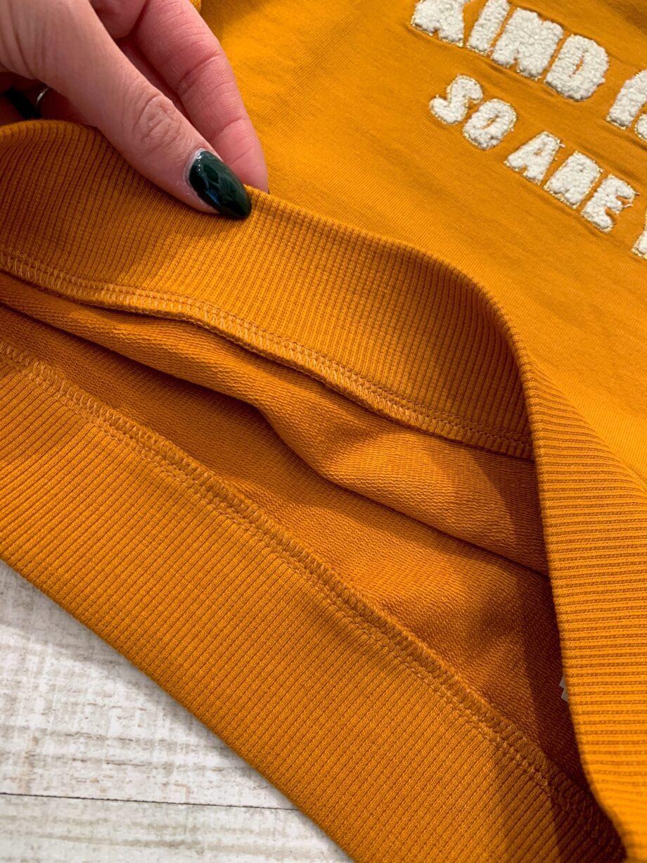 Shop Online Felpa girocollo color senape con scritta Name it