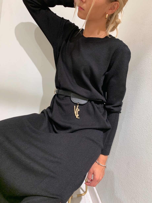 Shop Online Vestito lungo in maglia nero So Allure