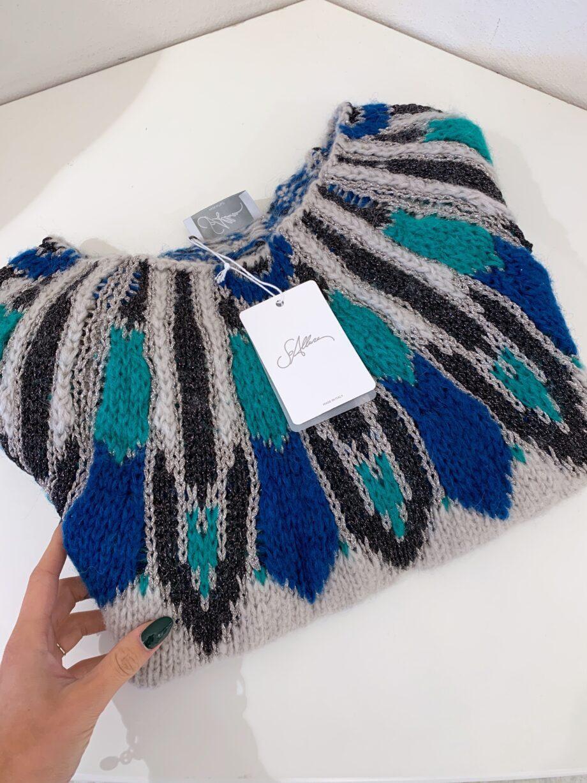 Shop Online Maglione grigio con inserto multicolore So Allure