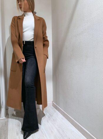 Shop Online Cappotto lungo marrone con bottone Vicolo