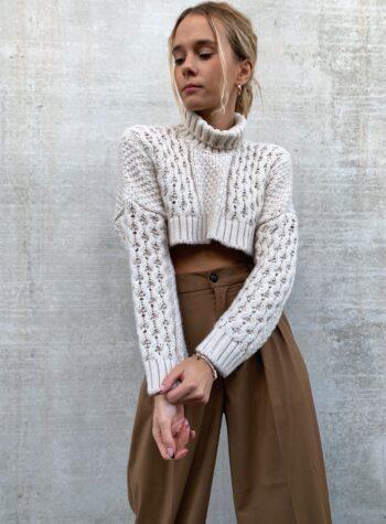 Shop Online Maglioncino cropped panna con trecce  Souvenir