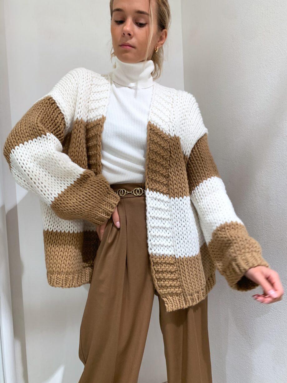 Shop Online Cardigan in maglia grossa a righe beige Vicolo