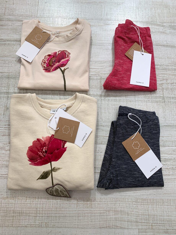 Shop Online Vestito felpa panna con stampa rosa Name it